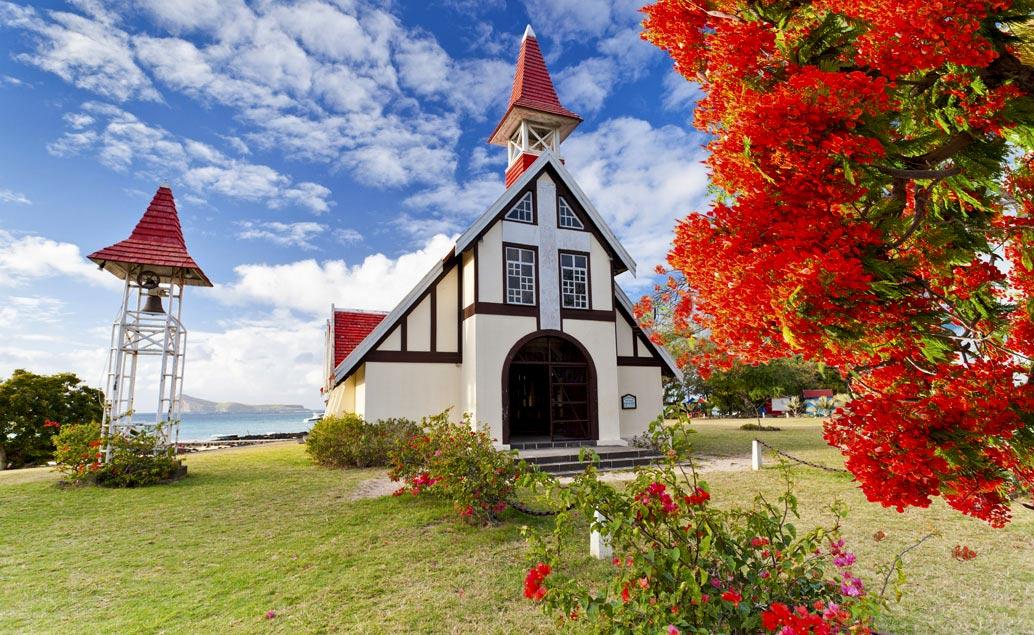 Grand Baie a sever ostrova Mauricius